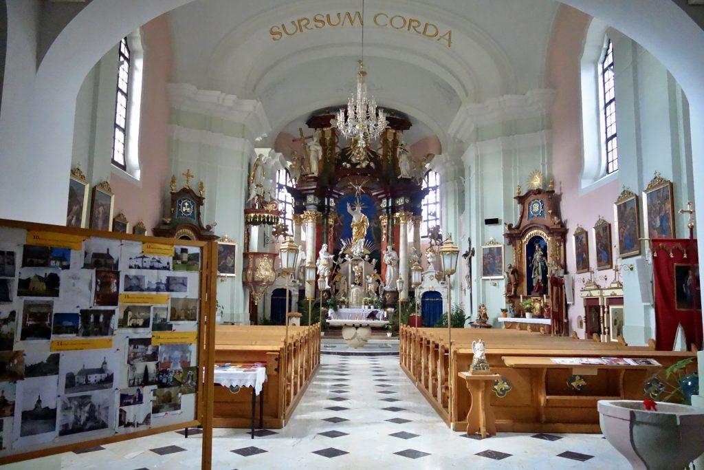 interiér kostela sv. Václava Srb. Kamenici