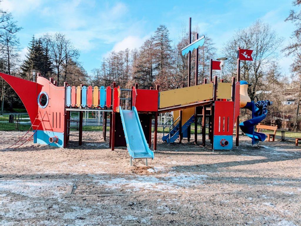 Dětské hřiště Nad Řekou